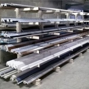 Rayonnage cantilever stockage manuel