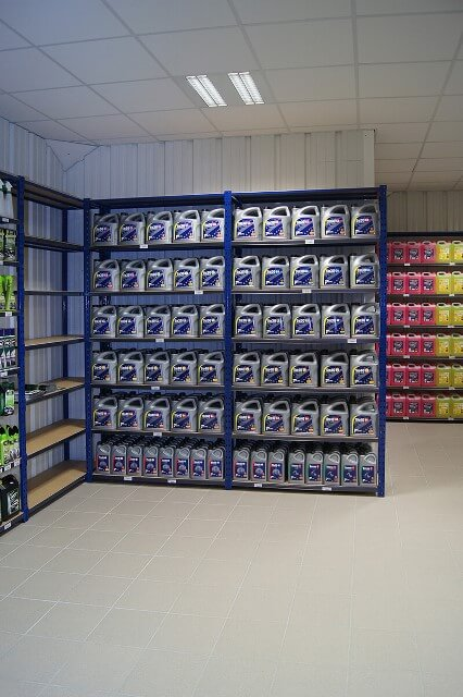 Rayonnage magasin automobile et bricolage